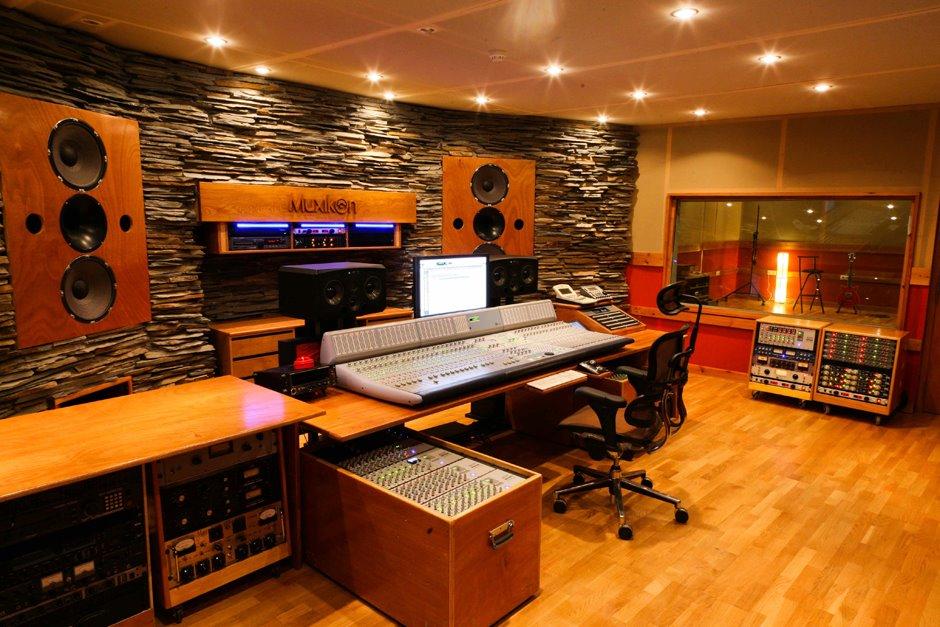 Gatibu entra en el estudio para grabar gatibu for Casa amarilla musica